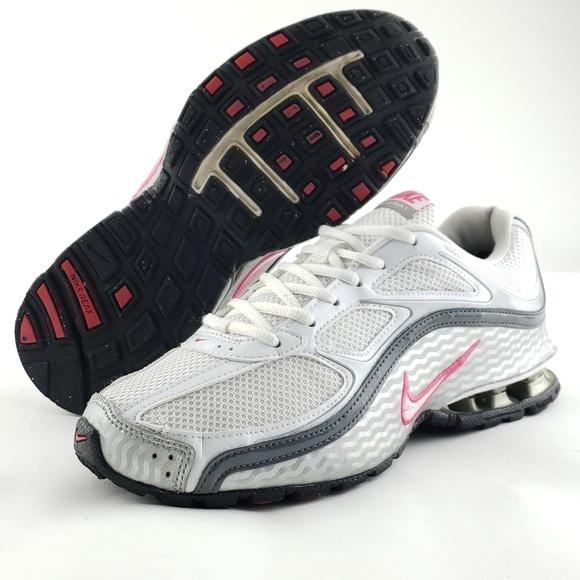 Nike Shoes - Women's NIKE Reax Run 5 sz 8.5 Running sneakers